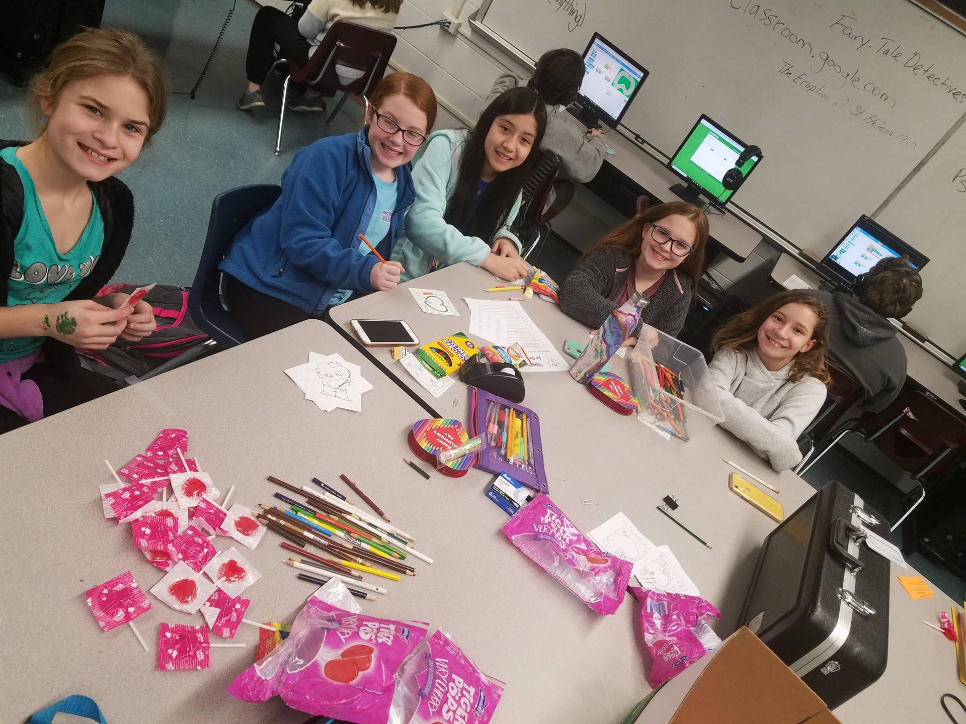 MS Stuco, Valentines